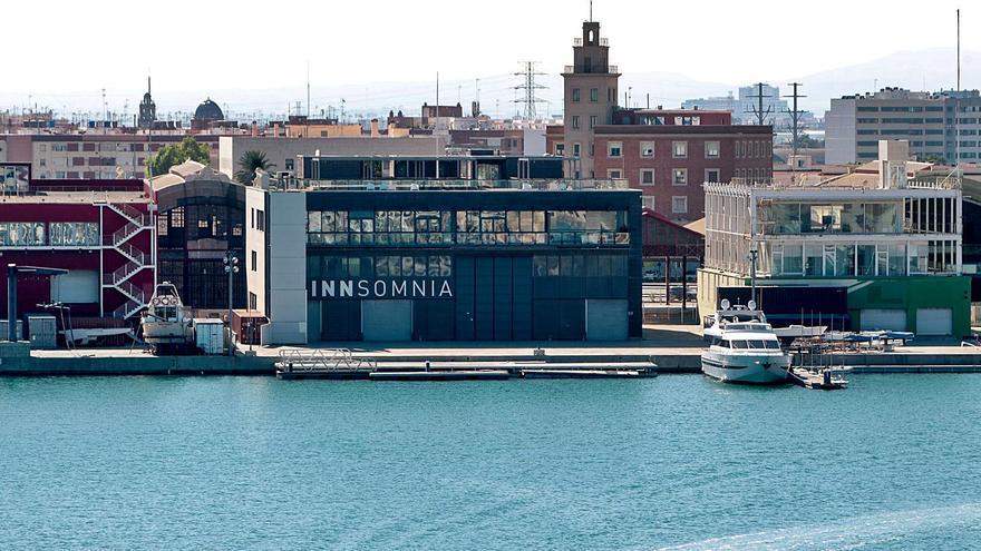 Las infraestructuras deportivas de la Marina están ocupadas y en uso