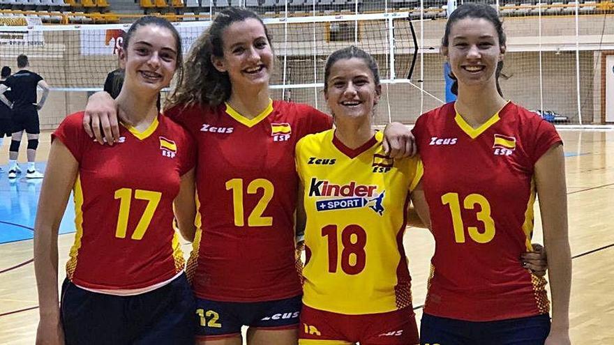 Margó Ribot, Andrea Torres, Tinons Munar y Sofía Llinàs.