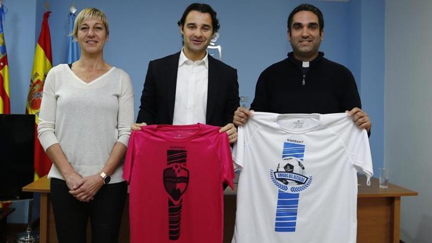 Fútbol solidario: Amigos del cura vs Amigos del alcalde