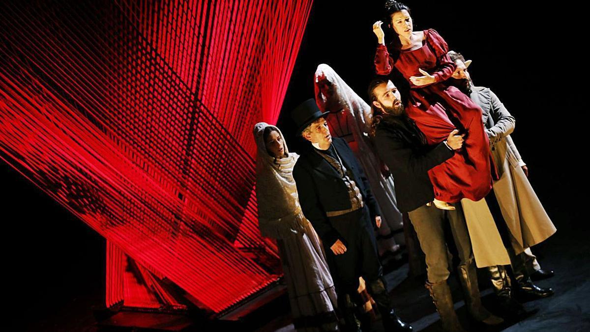 """Una escena de la representación de """"Mariana Pineda"""" en el teatro Jovellanos, en septiembre.   Ángel González"""