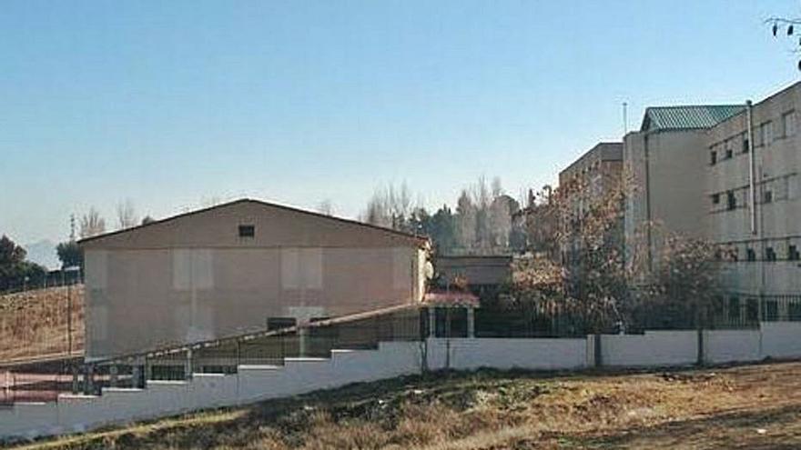 Solicitan la ampliación del IES Los Colegiales de Antequera