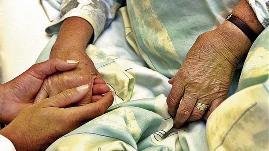 Baleares ya ofrece ayuda  para morir dignamente
