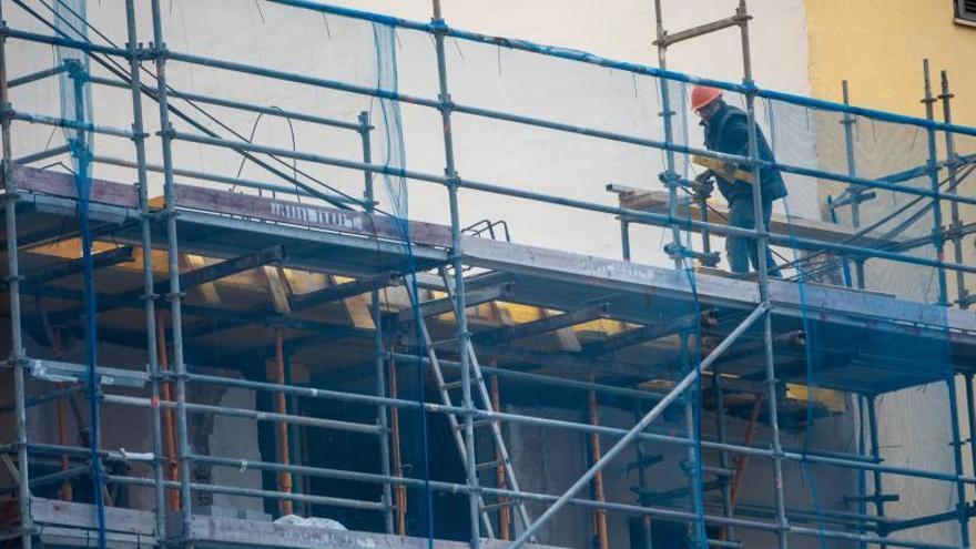 Trotz Ausgangssperre: Arbeit auf dem Bau und am Hafen geht weiter