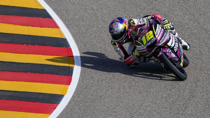 El checo Filip Salac sorprende al conseguir su primera 'pole' en Moto3