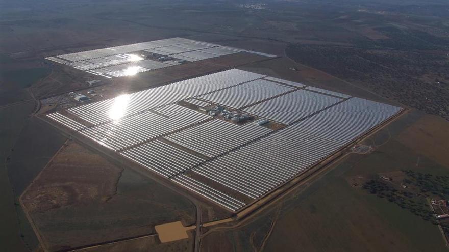 Cinco plantas  fotovoltaicas tramitan ya su construcción