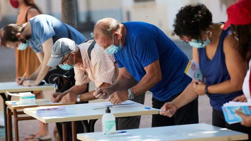 Cataluña registra 1.275 casos y 3 muertos más