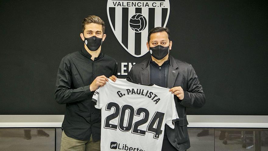 Paulista ya y Piccini llega hoy