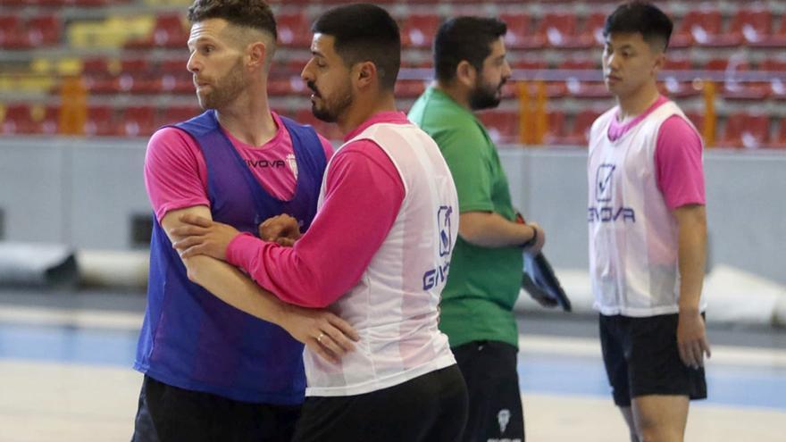 El Córdoba Futsal vuelve a casa con un plan trazado