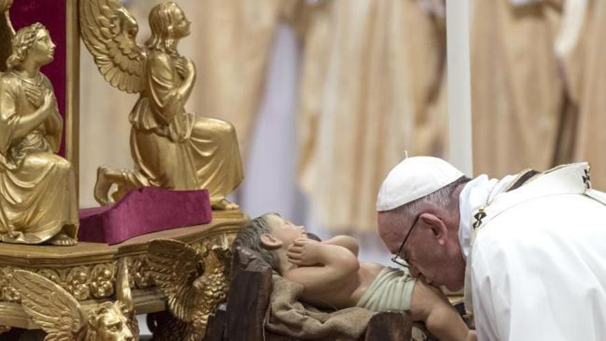 El papa pide paz en Tierra Santa en el 'Urbi et Orbi'