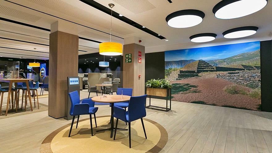 CaixaBank espera contar con  725 sedes modelo Store en 2022