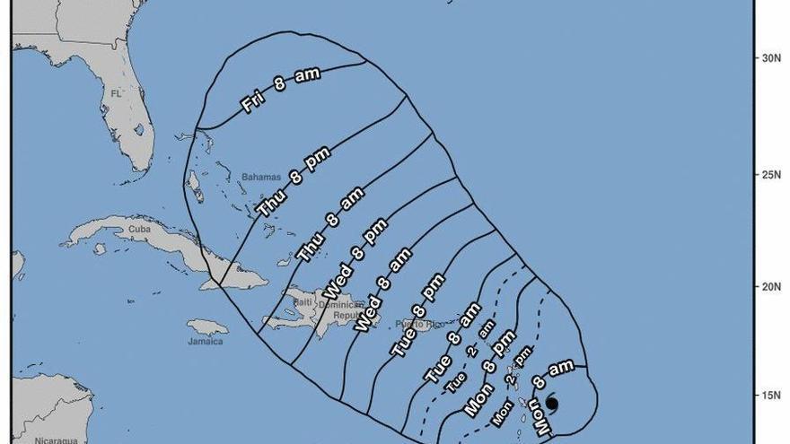 """El Caribe se prepara para el paso del huracán María, """"más devastador"""" que Irma"""