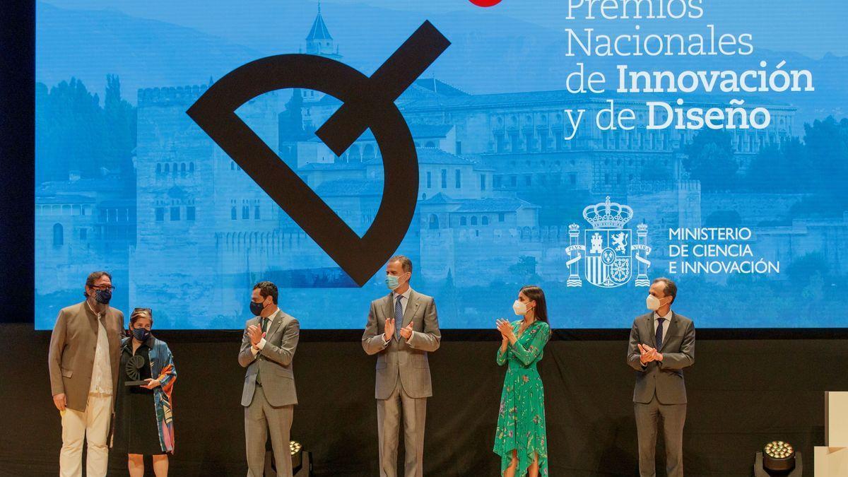 Los Reyes España entregan en Granada Premios Nacionales de Innovación y Diseño.