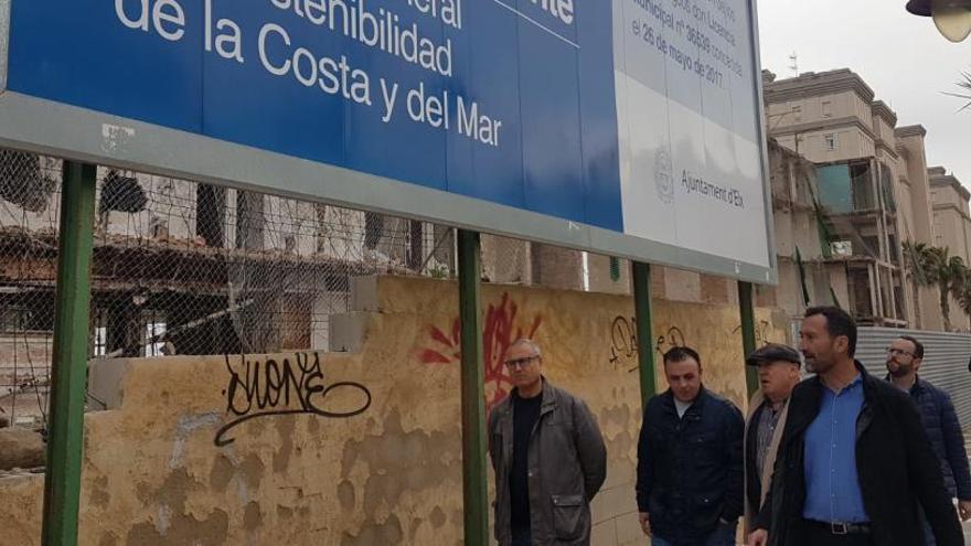 Elche exige reponer el vallado del Hotel de Arenales que destrozó el temporal