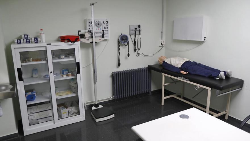Els degans de Medicina rebutgen formar els futurs metges a distància