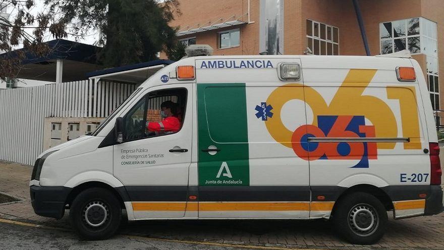 Dos mujeres y dos niños heridos en un accidente de tráfico en La Carlota