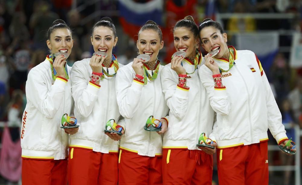El equipo español de gimnasia rítmica quedó en segundo lugar, sólo por detrás de Rusia.