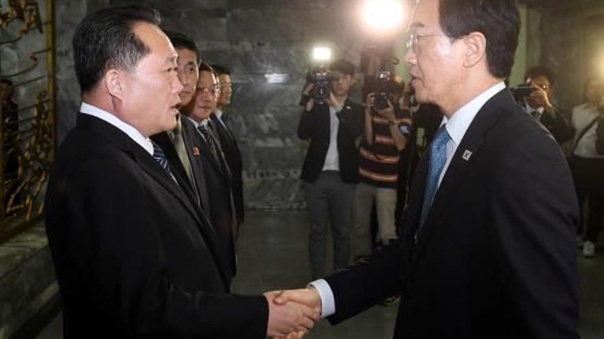 Corea del Nord i Corea del Sud acorden celebrar una nova cimera el setembre