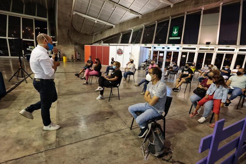 Reunión con las murgas adultas del Carnaval 2022