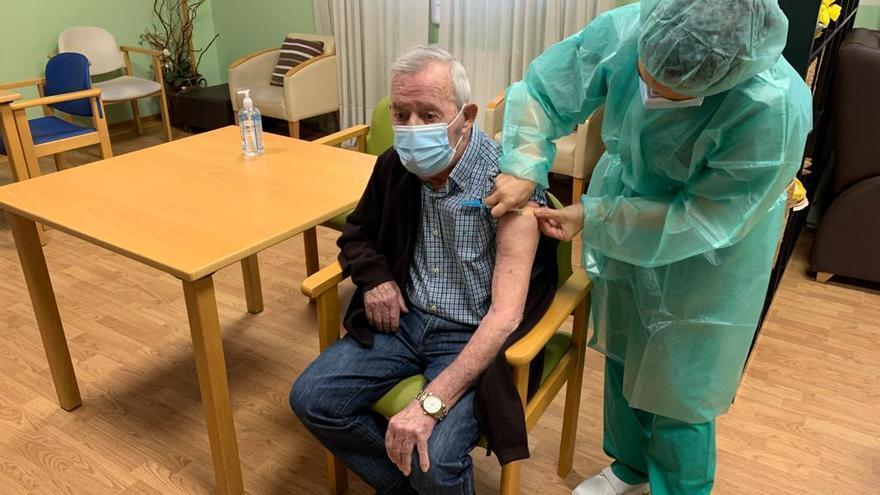 La segunda dosis de la vacuna contra el COVID llega a A Coruña