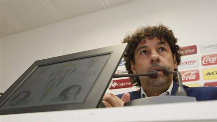 El Córdoba despide a Emilio Vega