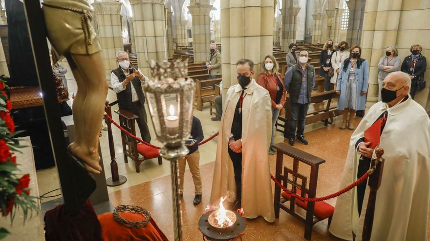 Semana Santa en Gijón: La fe crece entre hermanos