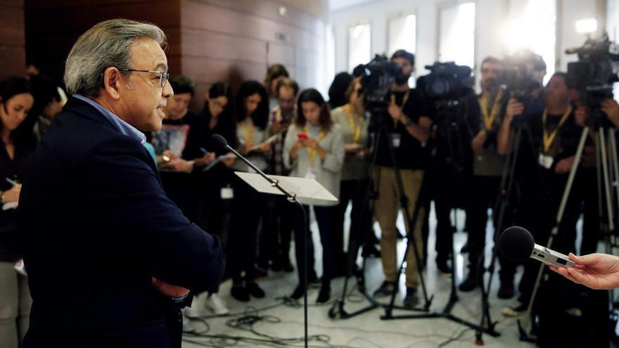 Mata ofreció su dimisión a Puig al no apoyarle en la destitución de Pedro Sánchez