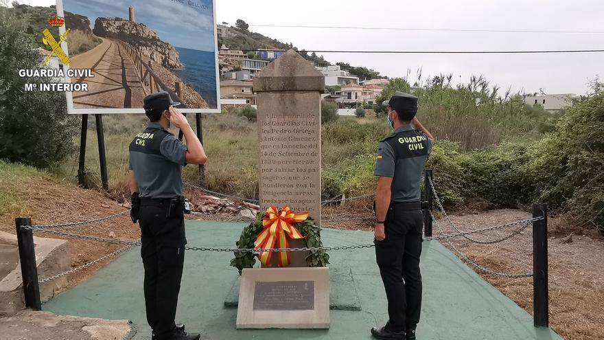 Homenaje a los primeros guardias civiles que dieron su vida por un rescate hace 171 años en Orpesa