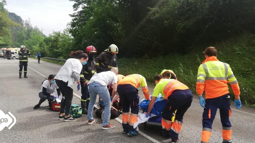 Accidente de tráfico en Pravia