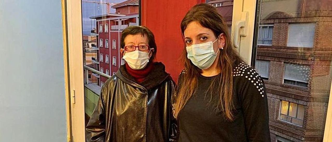 La madre y la hermana de la mujer, María del Carmen Colio y Débora González.