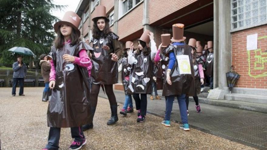 Desfile de Cranaval de los niños del Colegio de Villafría
