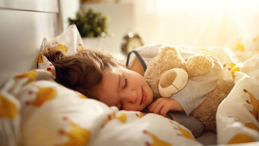 Consejos para evitar que los niños se hagan pis en la cama