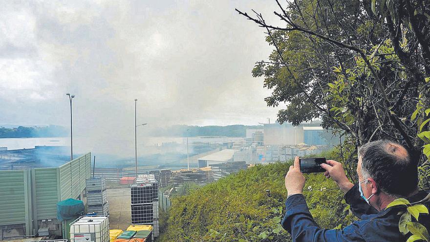 Jealsa salva su actividad en Boiro tras 24 horas de intensa lucha contra el fuego