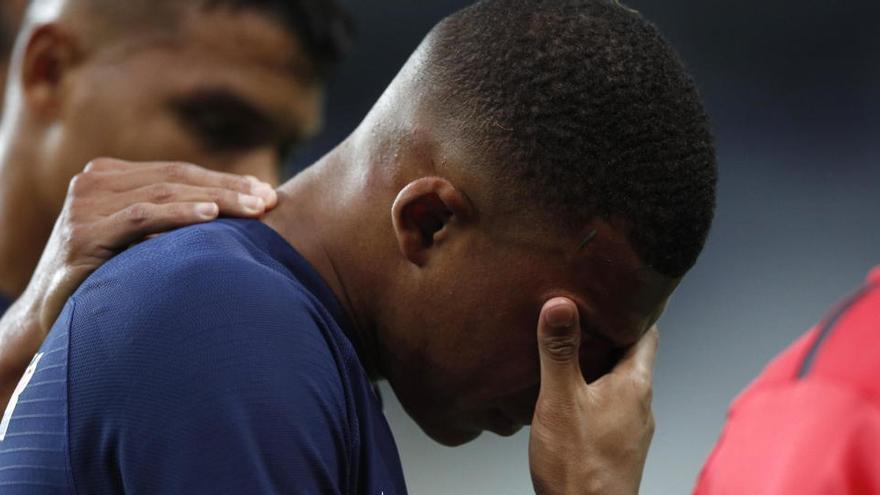Mbappe se lesiona en la final de la Copa de Francia