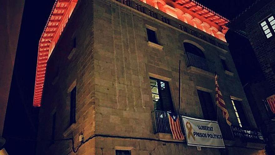 L'ajuntament de Solsona s'il·luminarà de vermell per homenatjar els donants