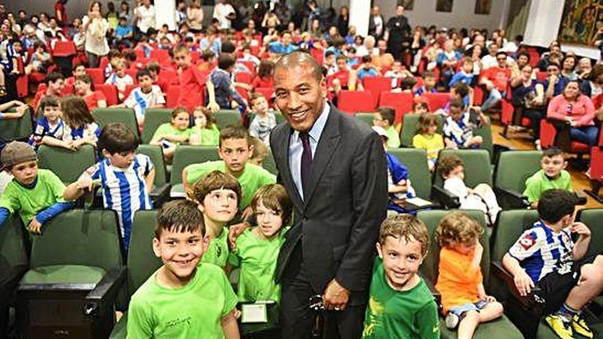 Mauro Silva descarta presentar candidatura