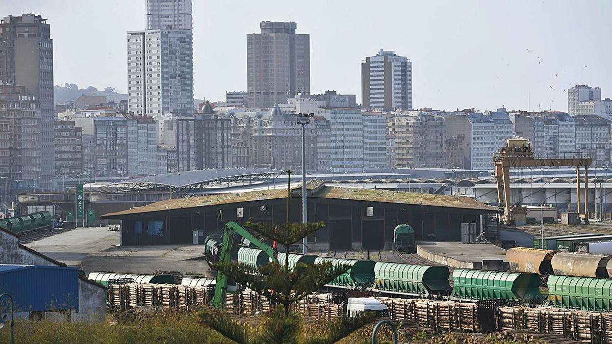 Terminal de mercancías en los muelles de San Diego. |   // CARLOS PARDELLAS