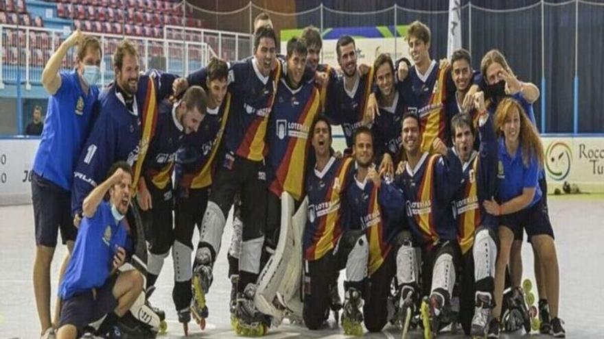 Dos castellonenses se cuelgan el bronce en el Mundial absoluto de hockey línea