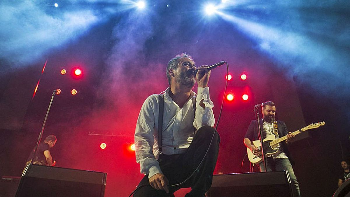 The Barcelona band Love of Lesbian at the second edition of Festival Cero, in the capital of Gran Canaria, in 2017. |  |  QUIQUE CURBELO