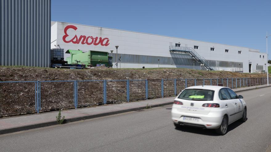 Esnova automatiza sus líneas de soldadura y pintura, con 2,5 millones de inversión