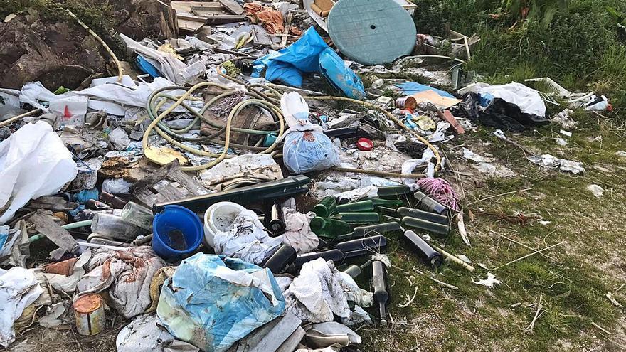 Medio Ambiente retirará un vertedero ilegal en la ruta saludable de Almofrei