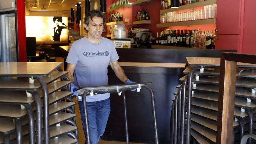 La propuesta de la hostelería para abrir el interior de los bares en los próximos días