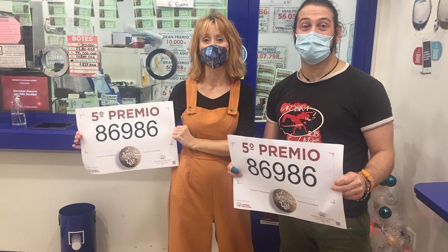 Un quinto premio, el 86986, cae en A Coruña, Oleiros y Bergondo