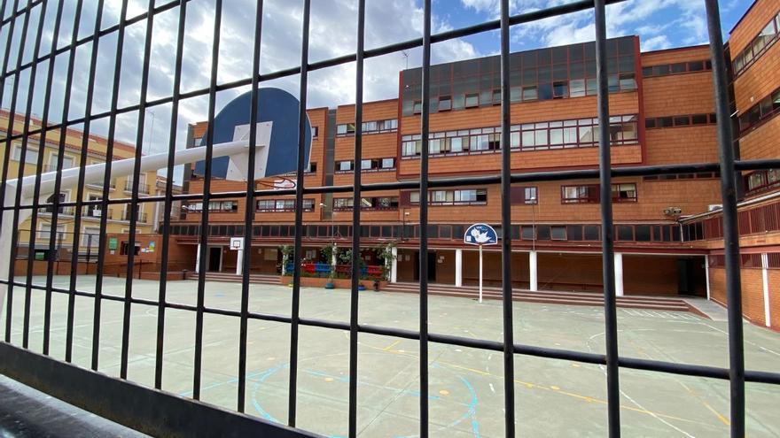 Las familias afectadas piden que se declare nulo el traslado del colegio Ortega y Gasset