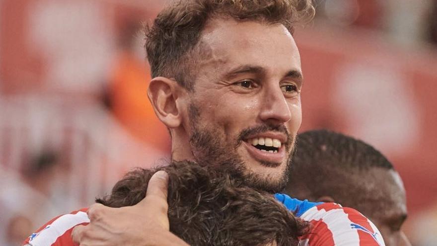 El Girona estrena la temporada amb una victòria davant l'Amorebieta (2-0)