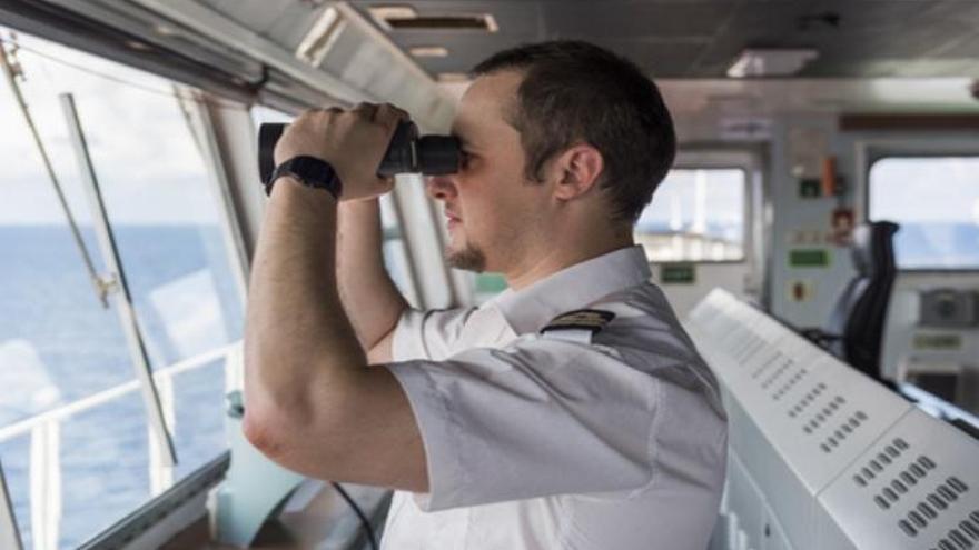 La marina mercante busca los mejores capitanes de buque