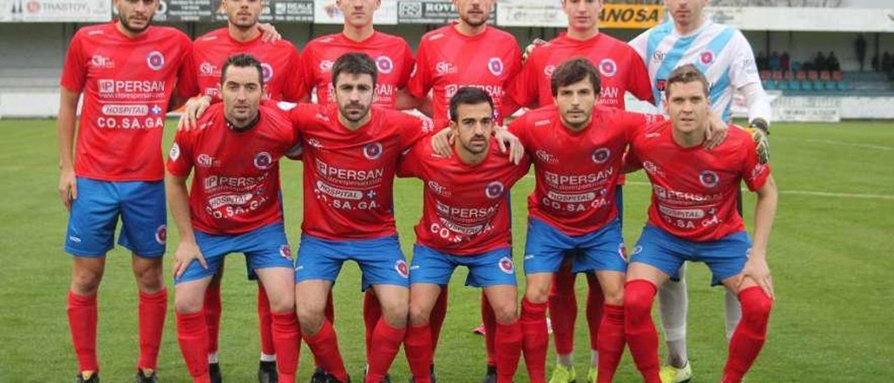 Formación de la UD Ourense en la que es la única victoria a domicilio, en As Pontes. // Yedra Seara