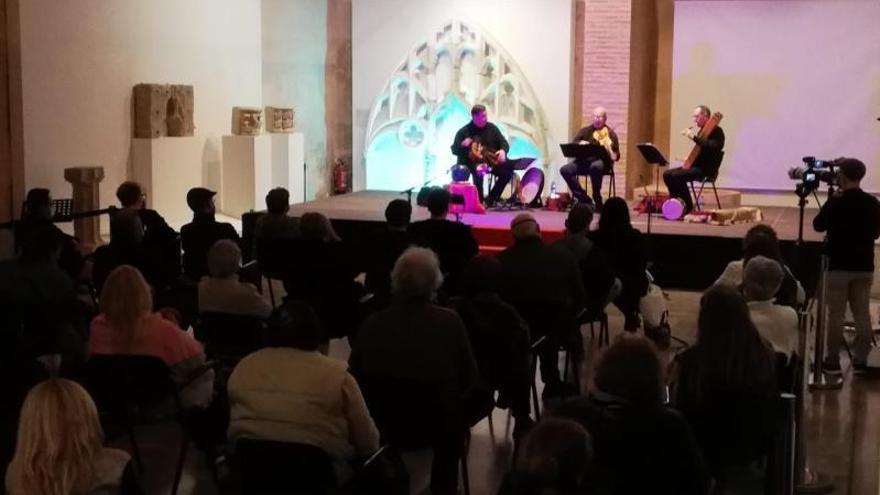 El monasterio de Simat retoma la programación cultural con un concierto de música medieval