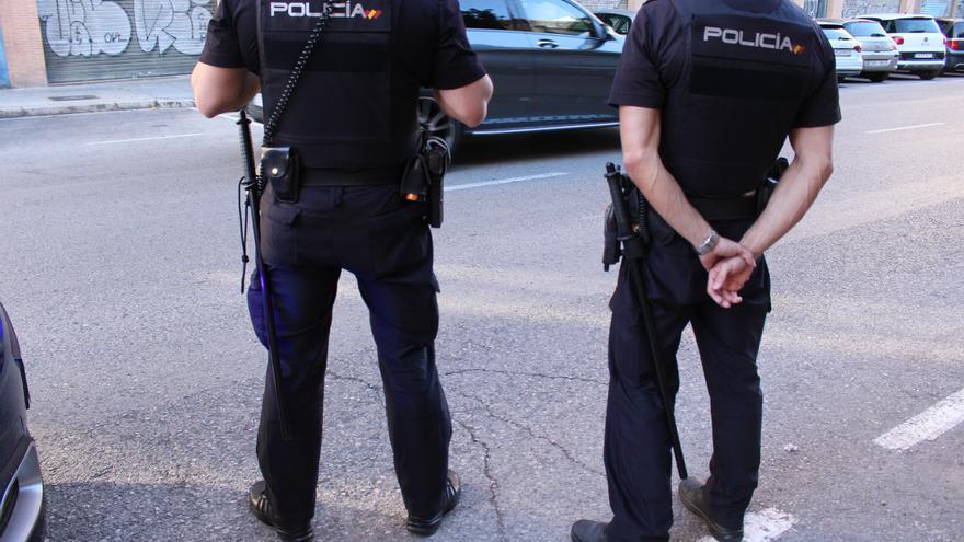 Detenido por agarrar del pelo y agredir a su pareja en Valencia