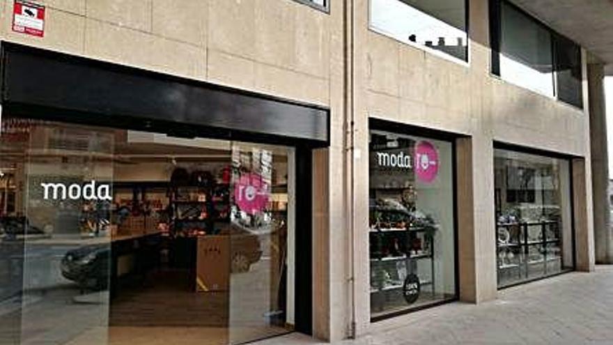 El Bisbat obre a Balaguer una nova botiga de complements i roba reciclada