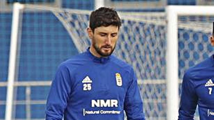 Borja Valle, titular con el Oviedo ante la Ponferradina